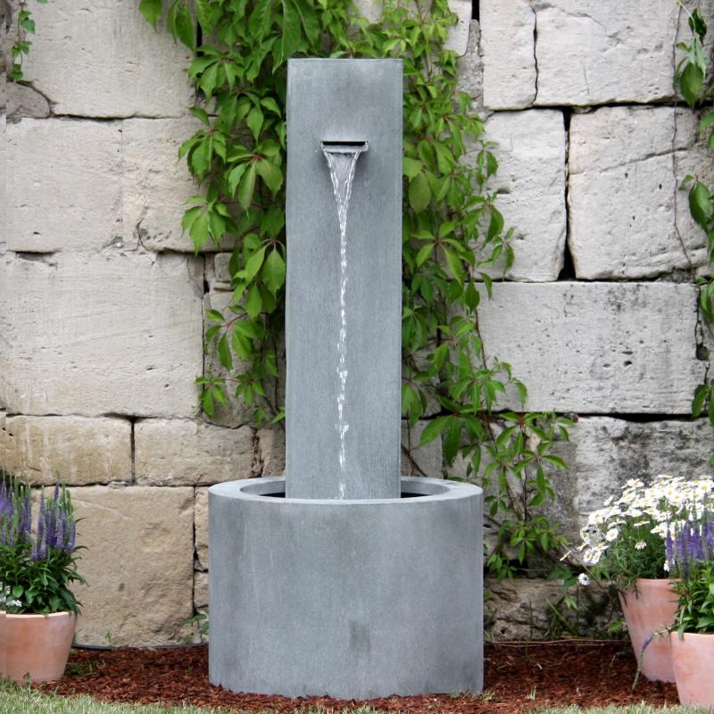 Moderner garten standbrunnen carosa - Gartenbrunnen modern ...
