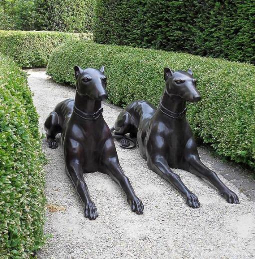 gro e bronze hundefiguren f r den garten endy easgan. Black Bedroom Furniture Sets. Home Design Ideas