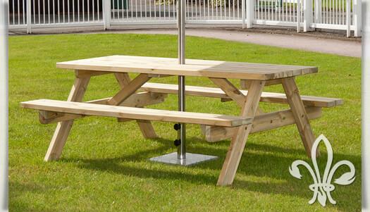rustikaler picknicktisch harvey aus kiefernholz. Black Bedroom Furniture Sets. Home Design Ideas