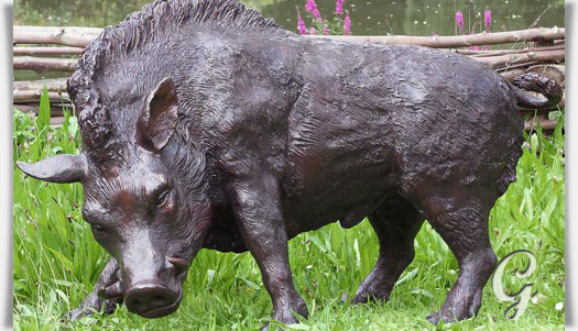 Gro e wildschein skulptur aus bronze keiler for Deko garten tiere