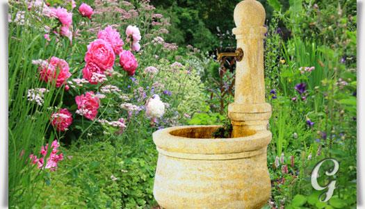 stein gartenbrunnen mit pumpe provencal. Black Bedroom Furniture Sets. Home Design Ideas