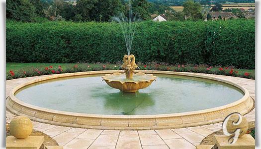 Garten brunnen umrandung gro - Gartenbrunnen stein ...