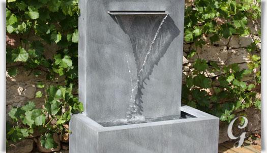 Wandbrunnen aus zink fascio - Brunnen modern garten ...