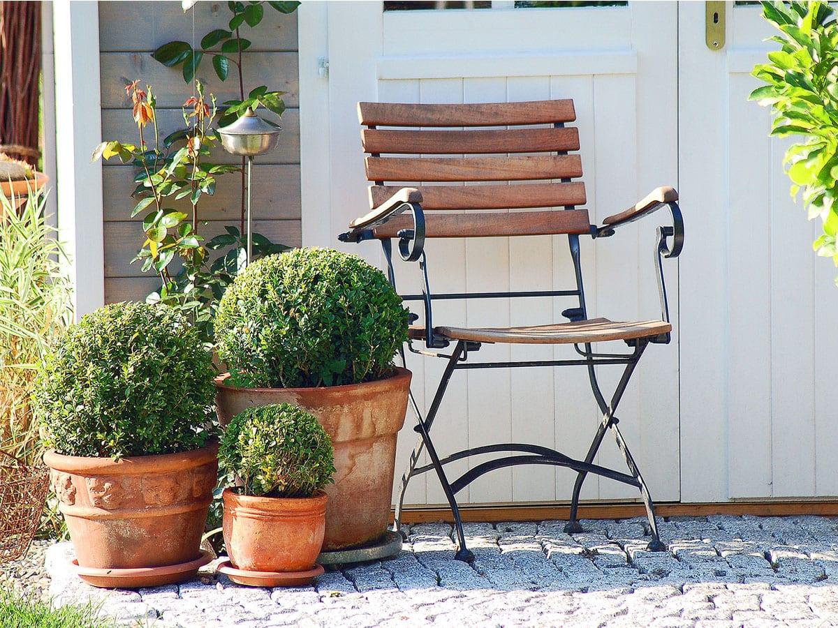 pflanzk bel bepflanzen winterfest machen tipps zu pflanzgef en im garten. Black Bedroom Furniture Sets. Home Design Ideas