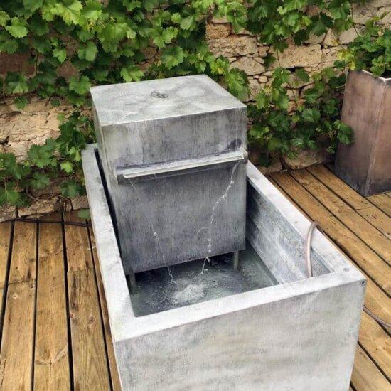 Bassin mit Wasser befüllen