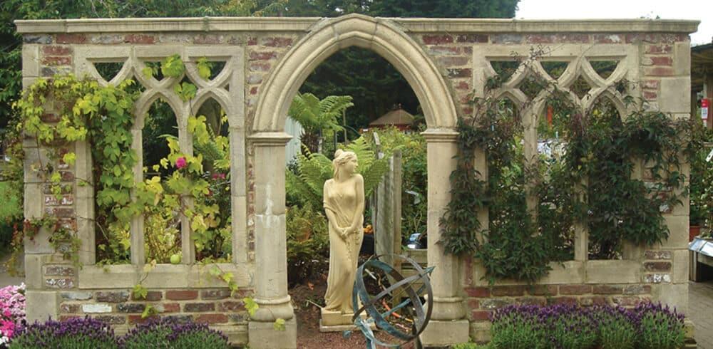 Mauer-Ruine-bauen-Englischer-Garten
