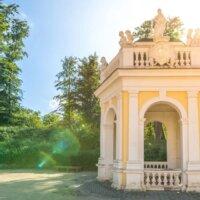 Steinpavillon im Jugendstil © Gartentraum.de