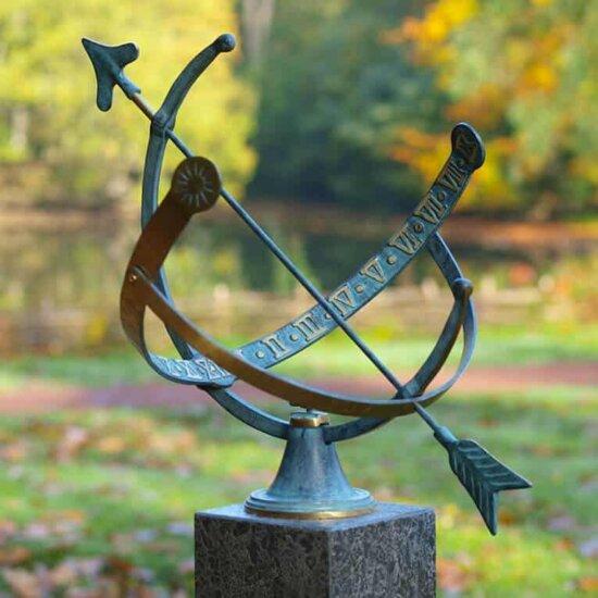 Aequatorialsonnenuhr-Bronze-fuer-Garten-kaufen