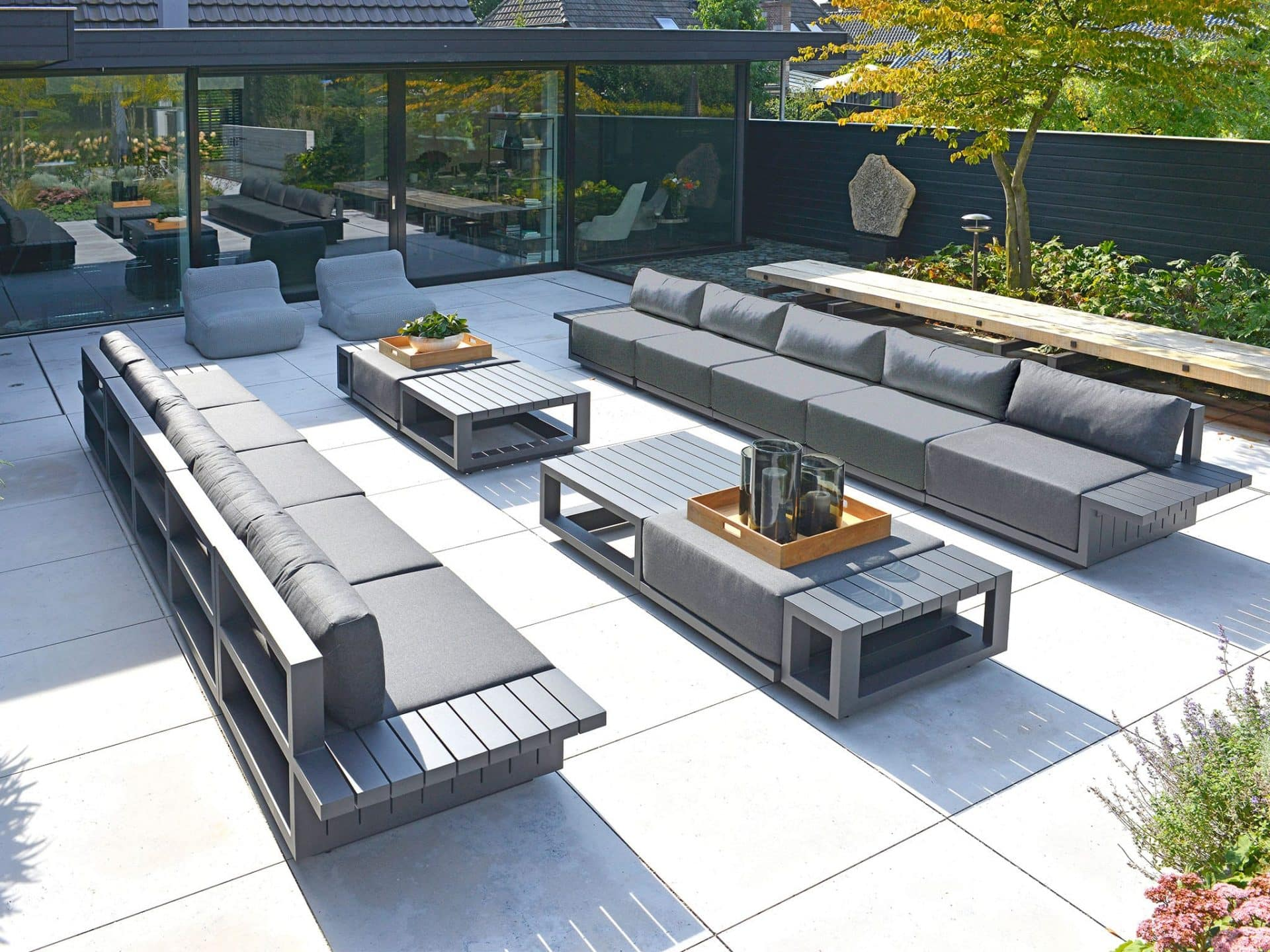 Moderne Loungemöbel für Terrasse & Balkon