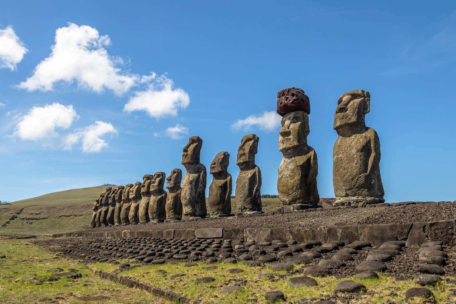 Moai Figuren auf den Osterinseln