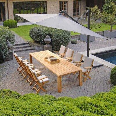 Klappbare Stühle sparen Platz und können trotzdem hochwertig aussehen