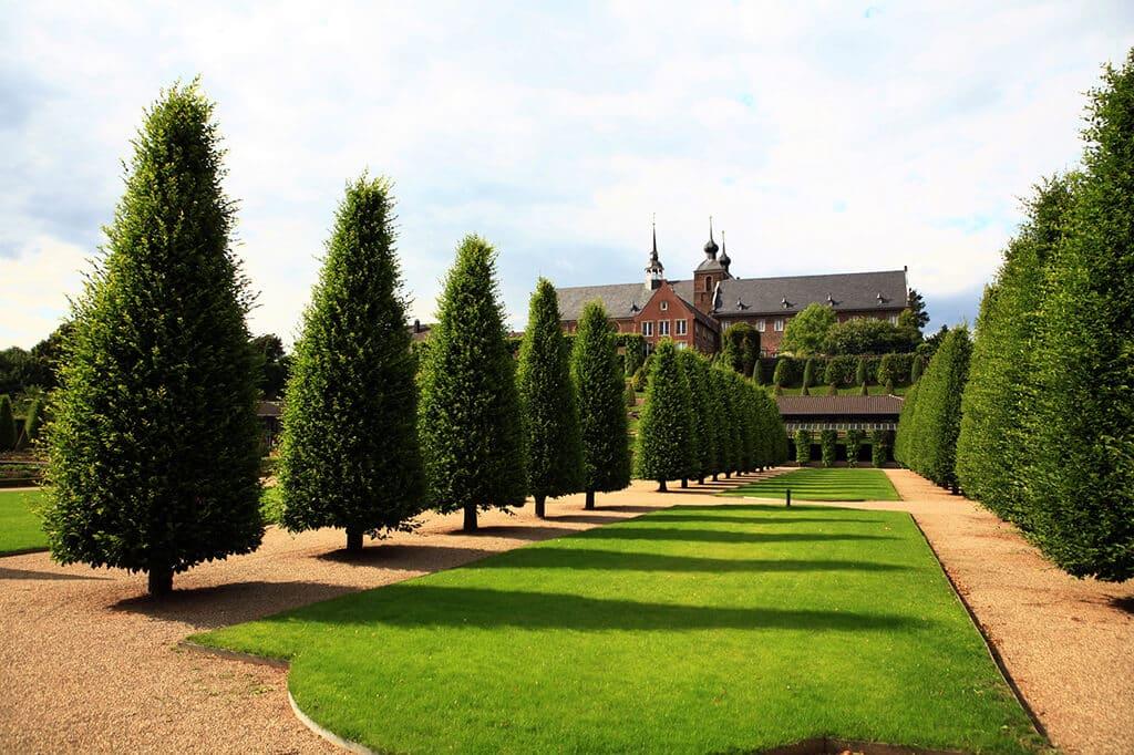 Besonders bei großen Gärten ist eine sorgfältige Planung wichtig.