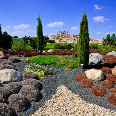 Steingarten mit schwarzem Kies © Fineart Panorama - Fotolia.com