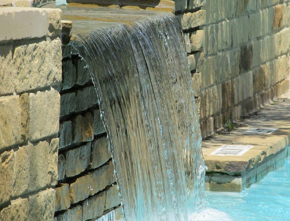 Wasserfall gemauert