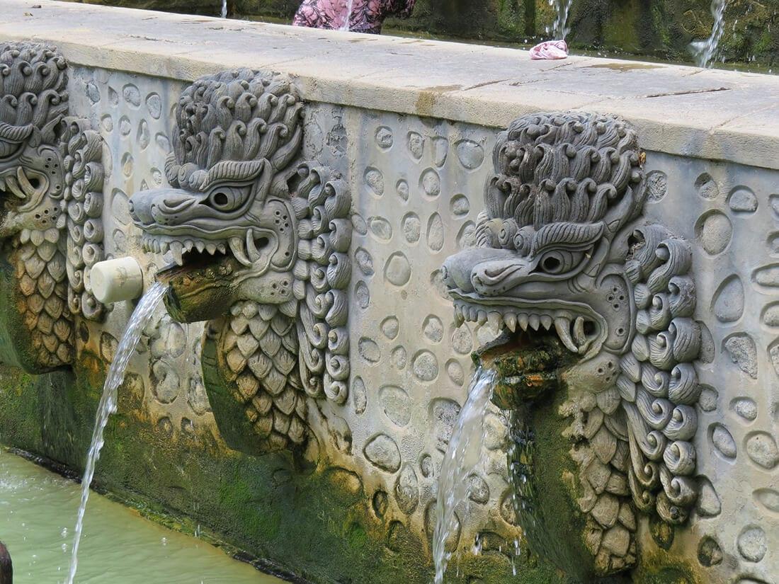 Drachen als Wasserspeier