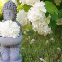 Kleine Buddha-Figur aus Stein