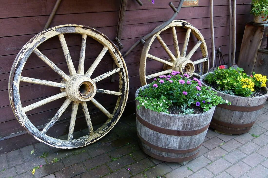 Pflanzgefäße aus Holz