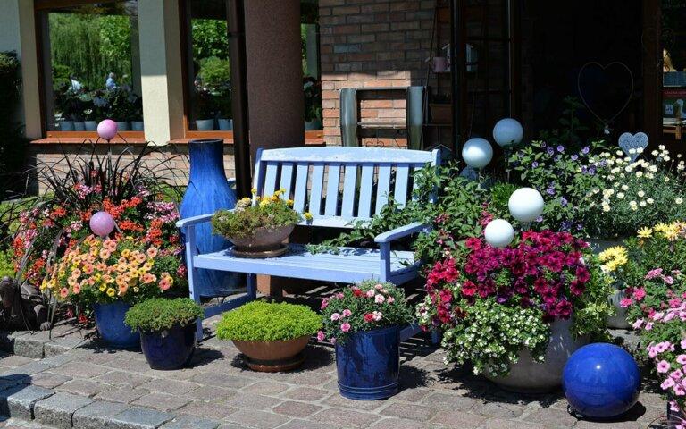 Gartendeko – modern & klassisch