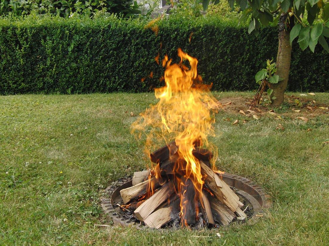 Geliebte Feuerstelle im Garten selber bauen - 20 moderne Ideen & Bilder @IG_43