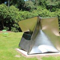 Moderne Gartenskulptur aus Metall