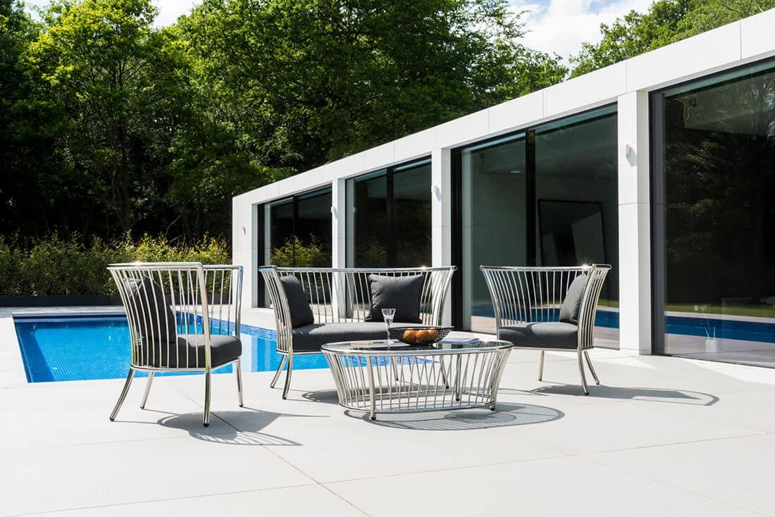 Elegante Möbel im minimalistischen Stil