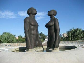 Eine Grafik zu Lebensgroße Figuren für den Garten