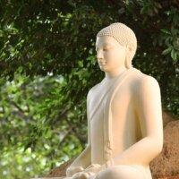 Asiatische Gartenfigur in XXL