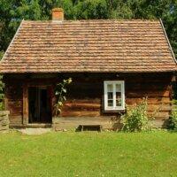 Gartenhaus im alpinen Stil