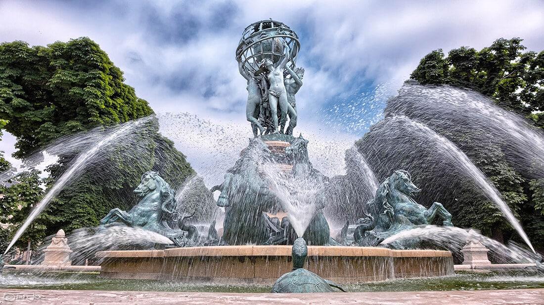 Springbrunnen in Parkanlage