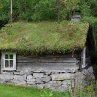 Uraltes Gartenhaus