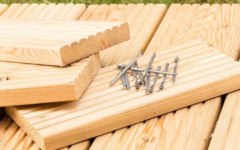 Terrassendielen verlegen – aus WPC  Holz & Co.