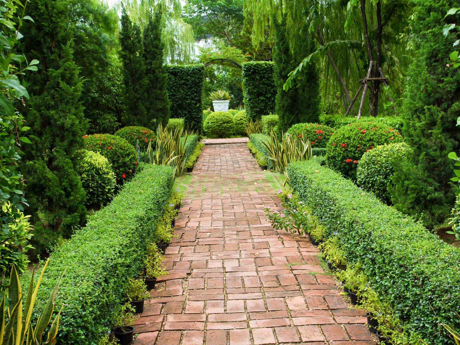 Bevorzugt Gartenweg anlegen & gestalten | Ideen mit Kies, Pflastersteinen & Co. OZ05