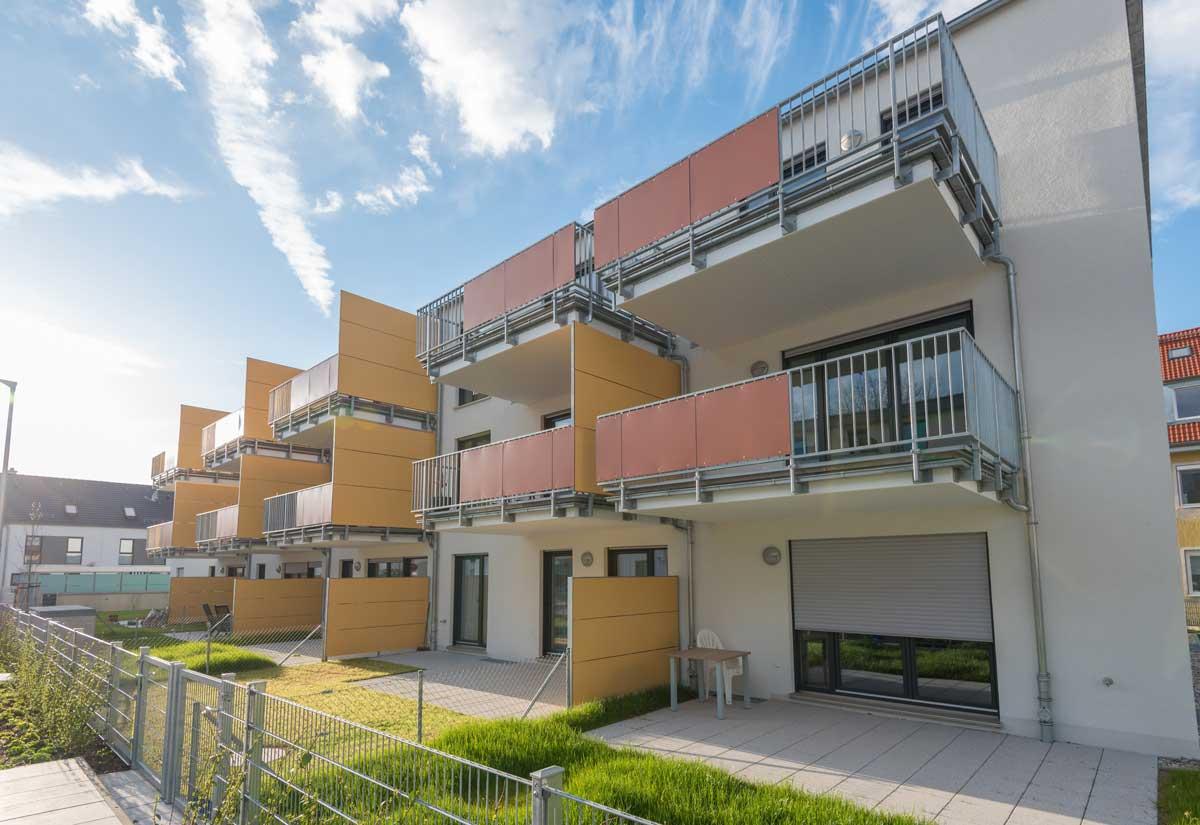Balkon-Sichtschutz aus Kunststoff