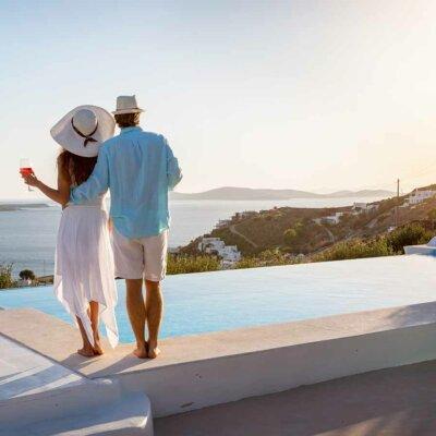 Infinity-Pool mit atemberaubender Ansicht