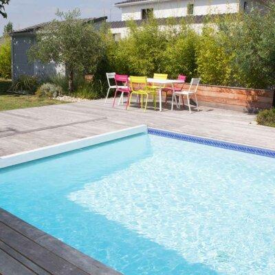 Türkisfarbenes Becken für Ihr Garten-Paradies
