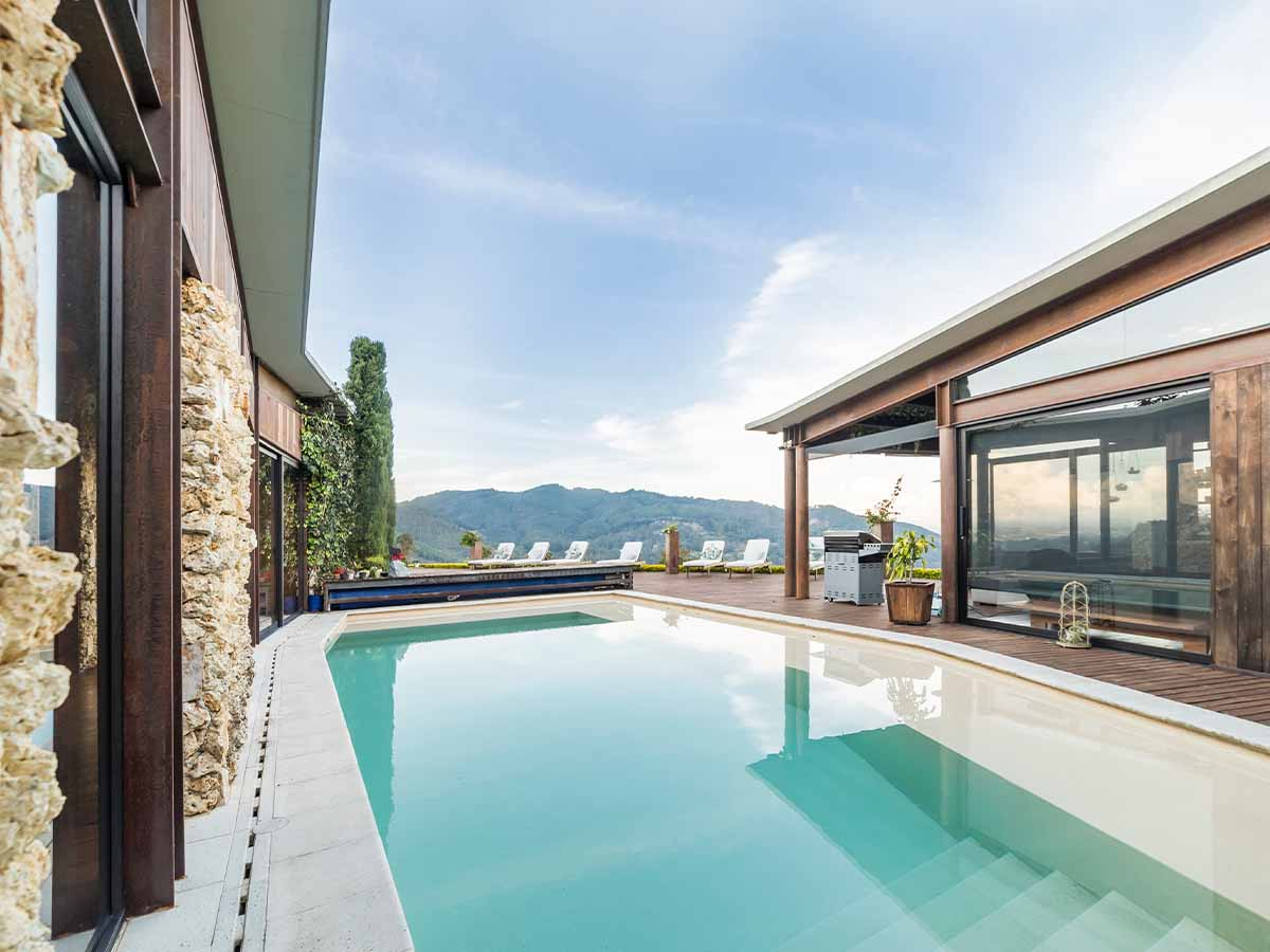 GfK-Pool in Villa