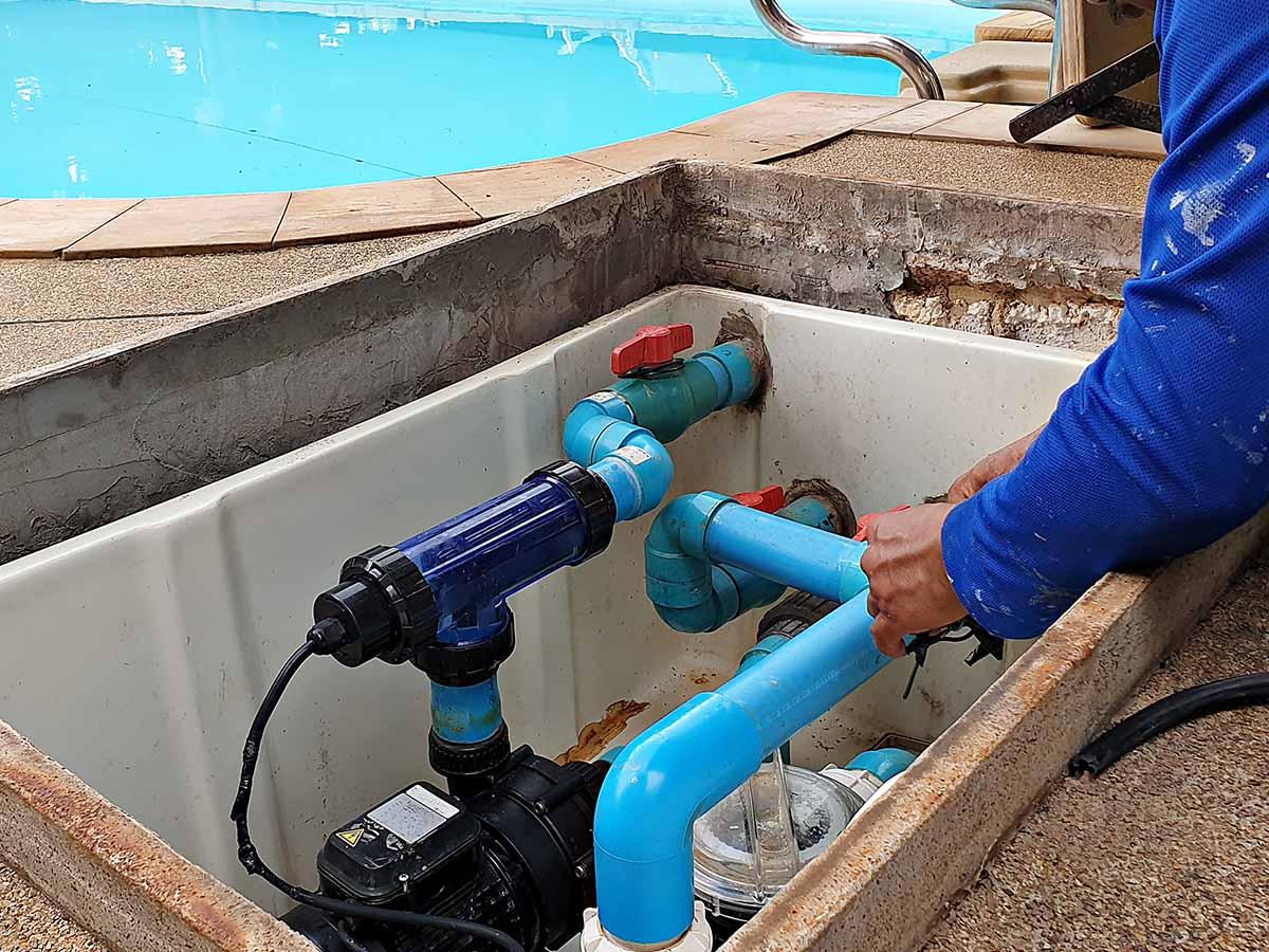 Wartung Wärmesystem eines Gfk-Pools