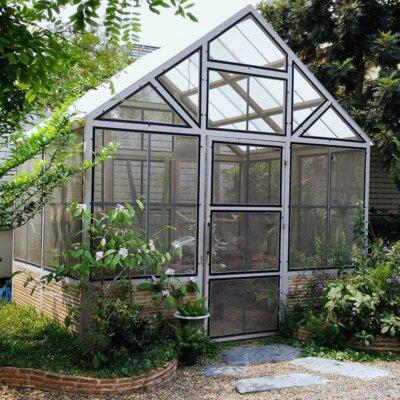 Schwarz-weißes Design eines Gewächshauses