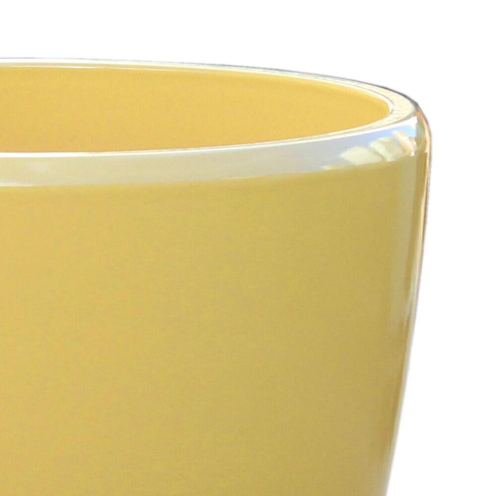 Moderner gelber blumentopf f r drau en for Blumentopf winterfest
