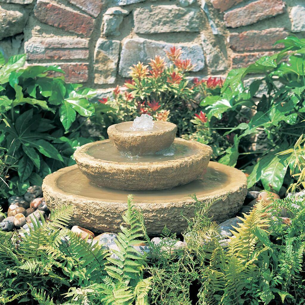 Kleiner stein gartenspringbrunnen ardenne - Kleiner springbrunnen garten ...