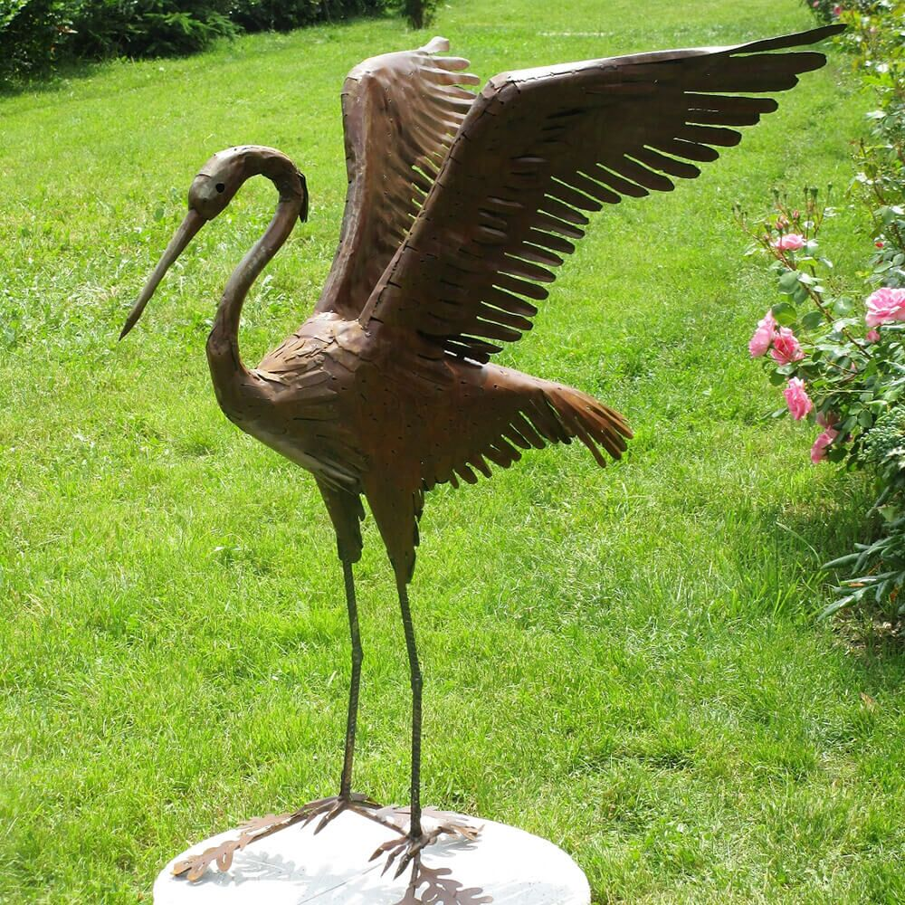 Edelstahl Garten Skulptur Reiher mit weiten Flügeln - Agamia
