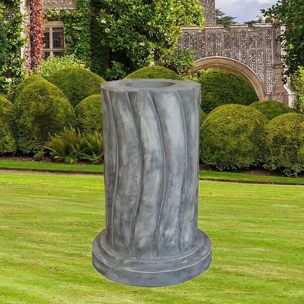 Besonderes Podest Für Garten Figuren Aus Stein   Podium Carissimi