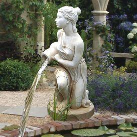 Gartenbrunnen aus Steinguss - Nympha