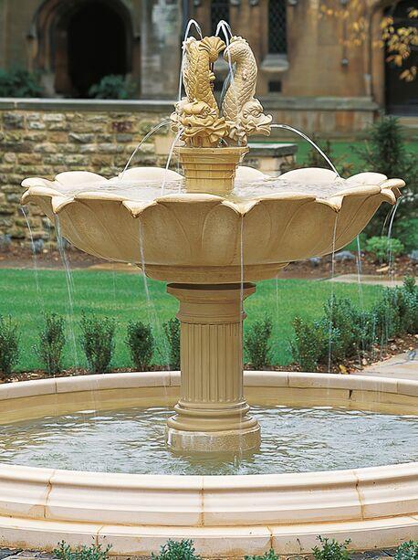 Gro er garten springbrunnen harleyford - Garten springbrunnen ...