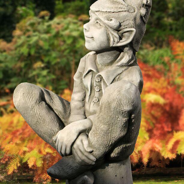 Kleine Gartenelfe Susan Steinguss Winterfest