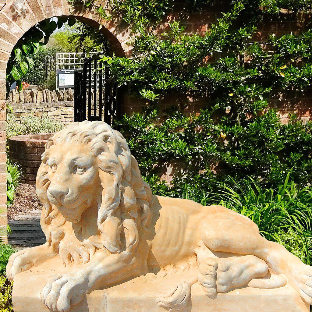 skulpturen versandkostenfrei kaufen • gartentraum.de, Garten und bauen