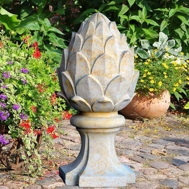 Deko pinienzapfen aus stein toskana for Stein deko garten
