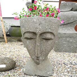 """Wertvolle Steinfigur """"Batari"""" für den Garten"""