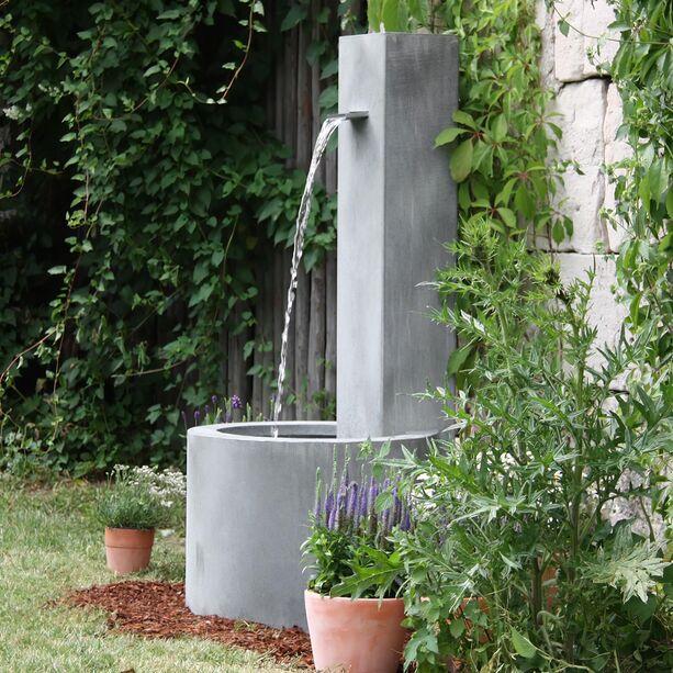 Moderner Garten Standbrunnen - Carosa • Gartentraum.de