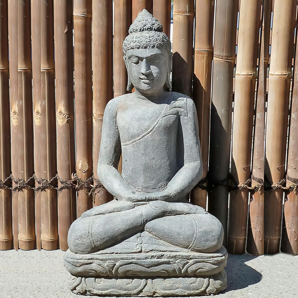 medidative buddha plastik f r den garten. Black Bedroom Furniture Sets. Home Design Ideas